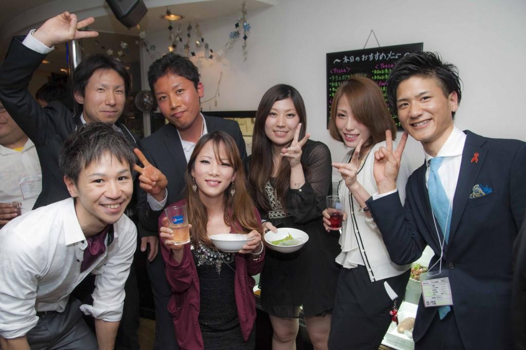 くまつく飲み会(5月)スーツ&ドレスパーティー!!の様子